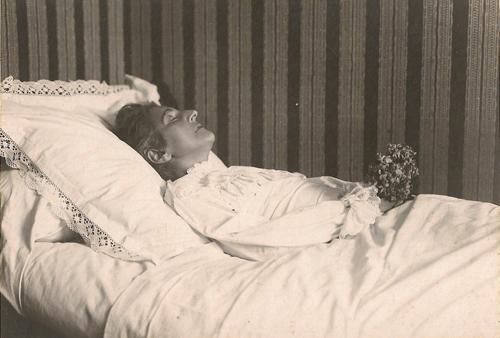 Dolores Iñarra, Pau, 1926